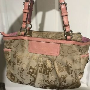 Used Original Coach Horse and Buggy Bag in Pink
